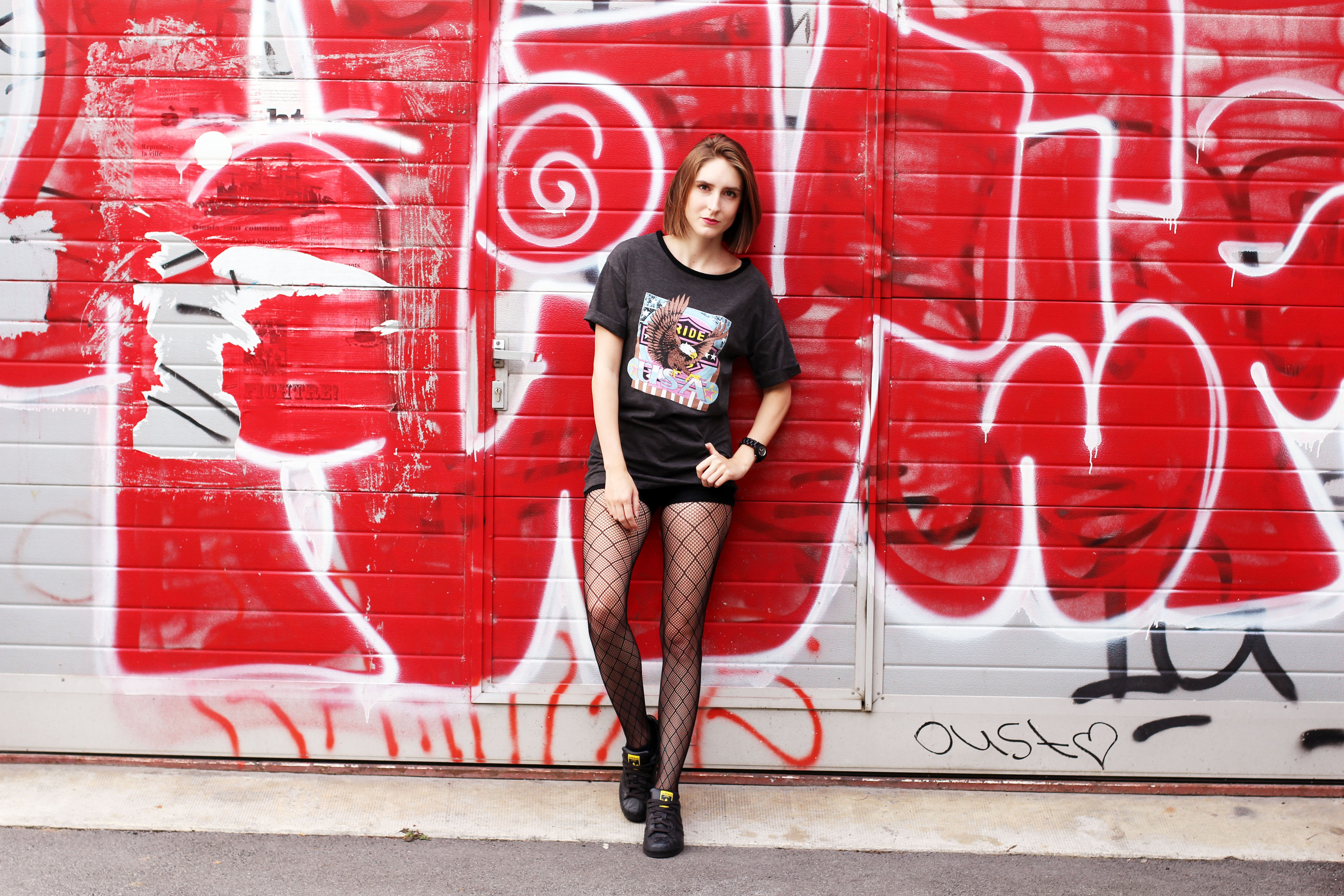 outfit of the day swiss fashion blogger fishnet fall trend zaful ceduire