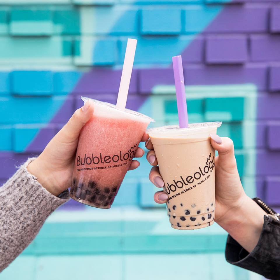 first bubbleology in switzerland vevey swiss fashion blogger bubble tea